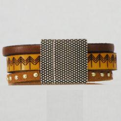 bracelet femme en cuir jaune et marron gravé ethnique 10