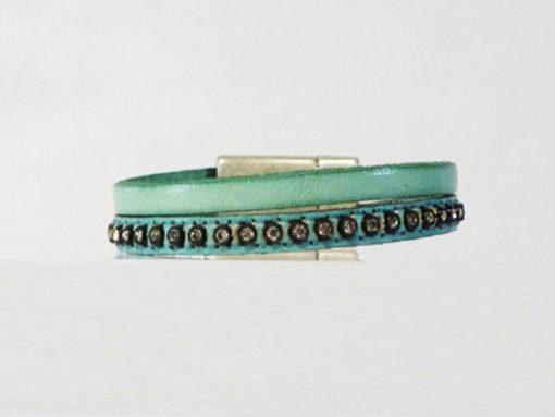 bracelet en cuir femme vert d'eau et strass de fabrication française