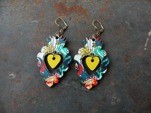 Boucles d' oreilles Adèla n°3 d' inspiration mexicaine ces boucles représentent des ex-voto. Elles sont fabriquées en France et dans une démarche du zéro déchet.