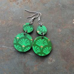Boucles fani vert zéro déchet, motif palma de fabrication artisanale et française.