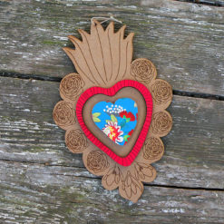 ex-voto Flora n°1 brut coeur en relief rouge et imprimé élisa made in France.