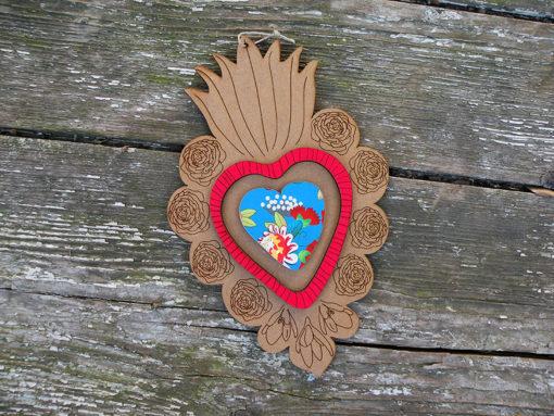 ex-voto Flora n°1 brut coeur en relief rouge et imprimé élisa made in France.