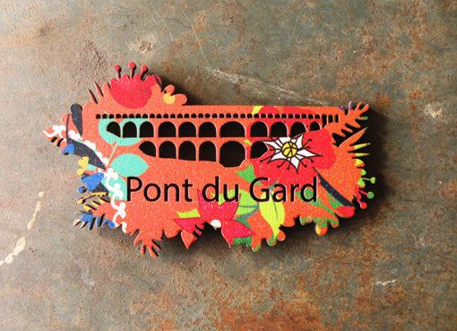 Magnet Pont du Gard motif Soledad de fabrication artisanale en France dans le Gard